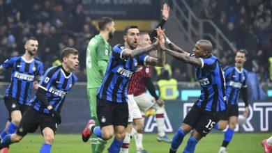 Photo of AC Milan – Inter Milan Saling Sikut, Juve Tetap Calon Juara